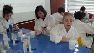 7c na zajęciach warsztatowych w Laboratorium Zaawansowanych Analiz Środowiskowych w EPT ☺